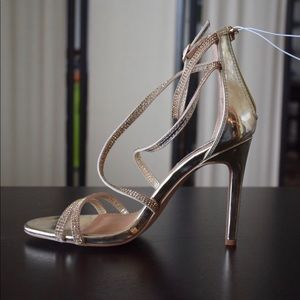 NWT:  Steve Madden Gold Strappy Heels with stones